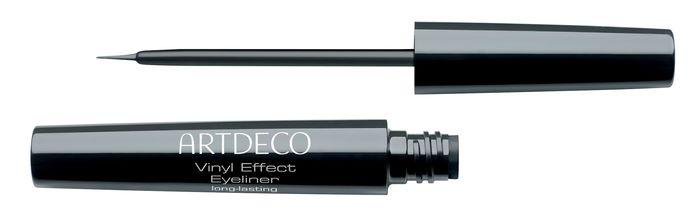 Long-Lasting Vinyl Effect Eyeliner